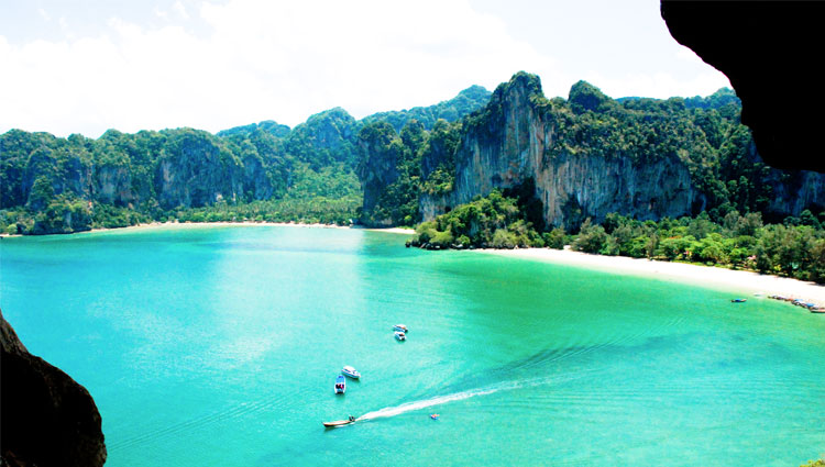 An introduction to Tonsai Bay in Krabi, Thailand